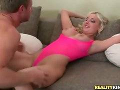Slutty whore wants to have straight fuck