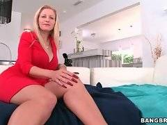 Pretty Holly is dreaming about deep fuck