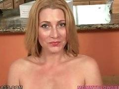 Jennifer Best readily takes her bra off fleshing her big boobs.